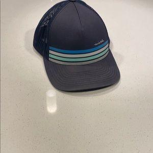 Travis Matthew hat